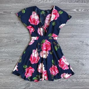 {Aakaa} Front Tie Floral Mini Dress